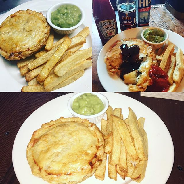 New pies @the_long_hall_ #beefstewpie #chickencurrypie #chickenpotpies #mincepie let us know what you want in r pie..