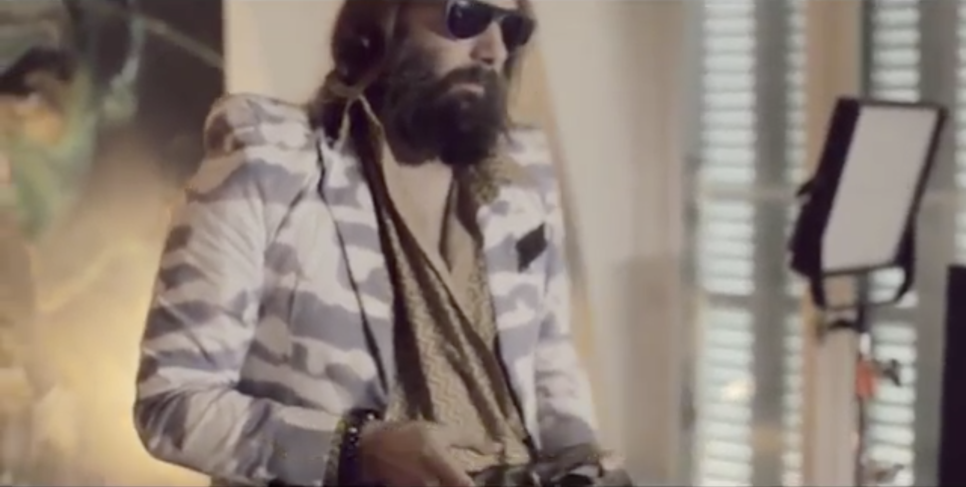 Sébastien Tellier: King of Blue   :    Mock-interview-turned-music-video with the French lounge lothario and master of the love song, Sébastien Tellier. The sensuous and surreal dreamscape was directed by fashion photographer Guy Aroch.  Producer: Jerry Stafford. Dir. Guy Aroch.
