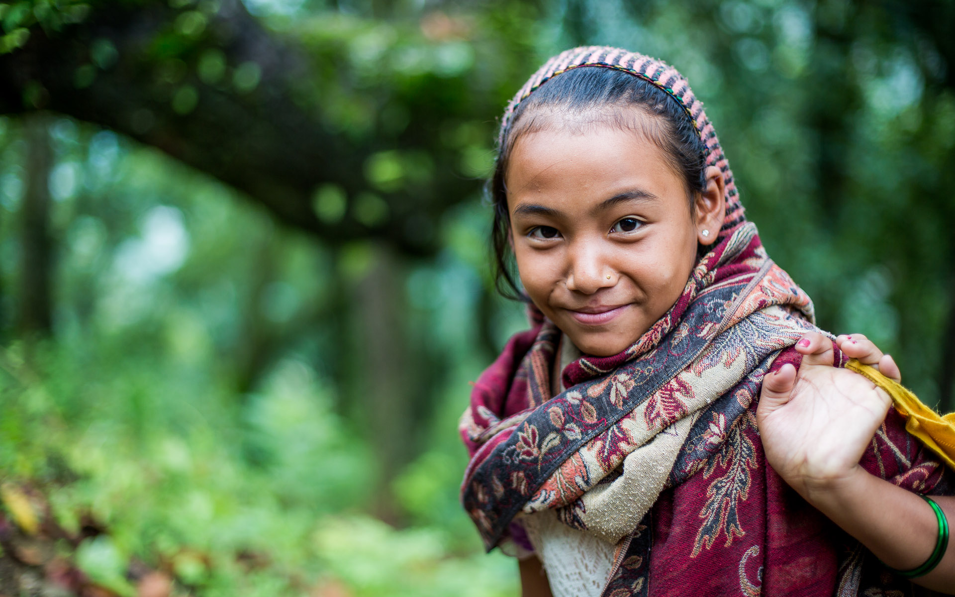 Girl entering the village Barpak.