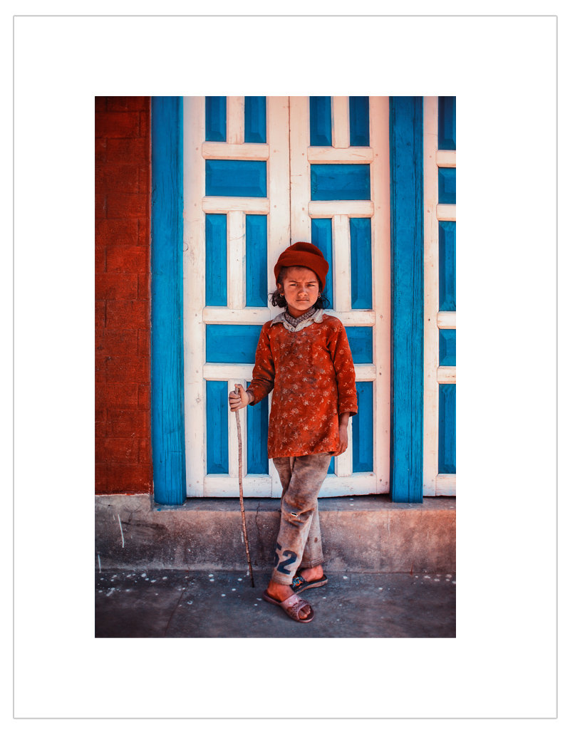 Red-Blue-Door-Portret-Nepal.jpg