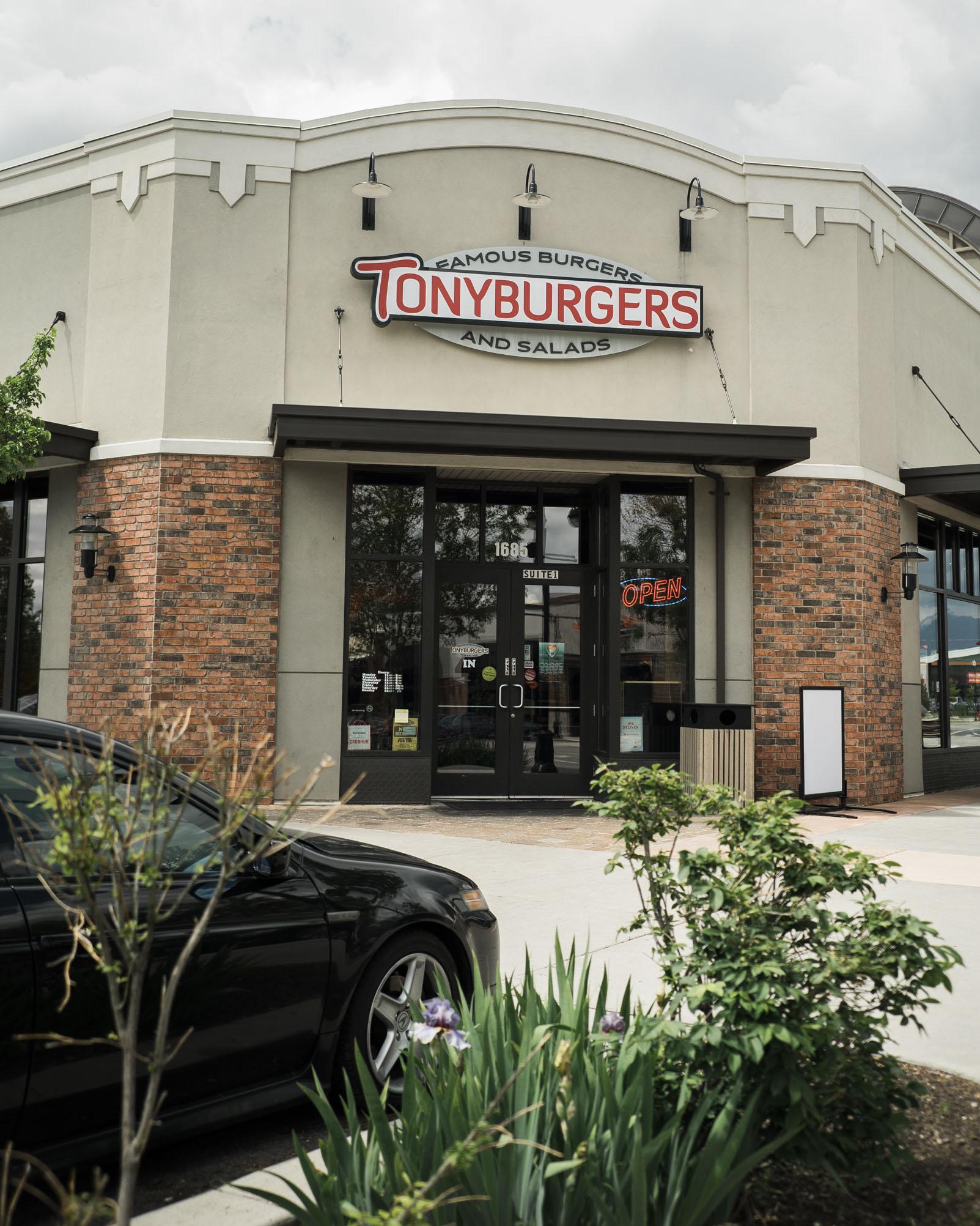 tonyburgers-big-american-story-00908.jpg