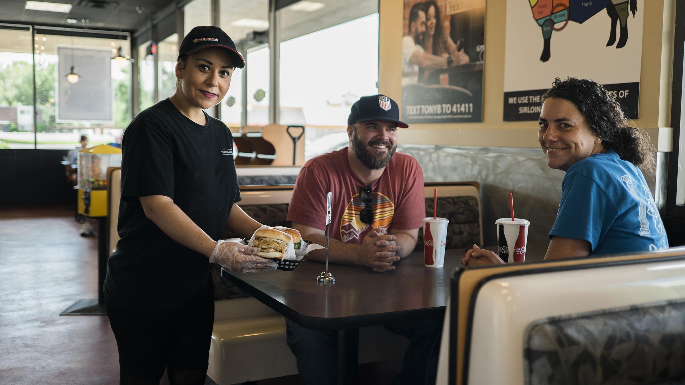 tonyburgers-big-american-story-01387.jpg