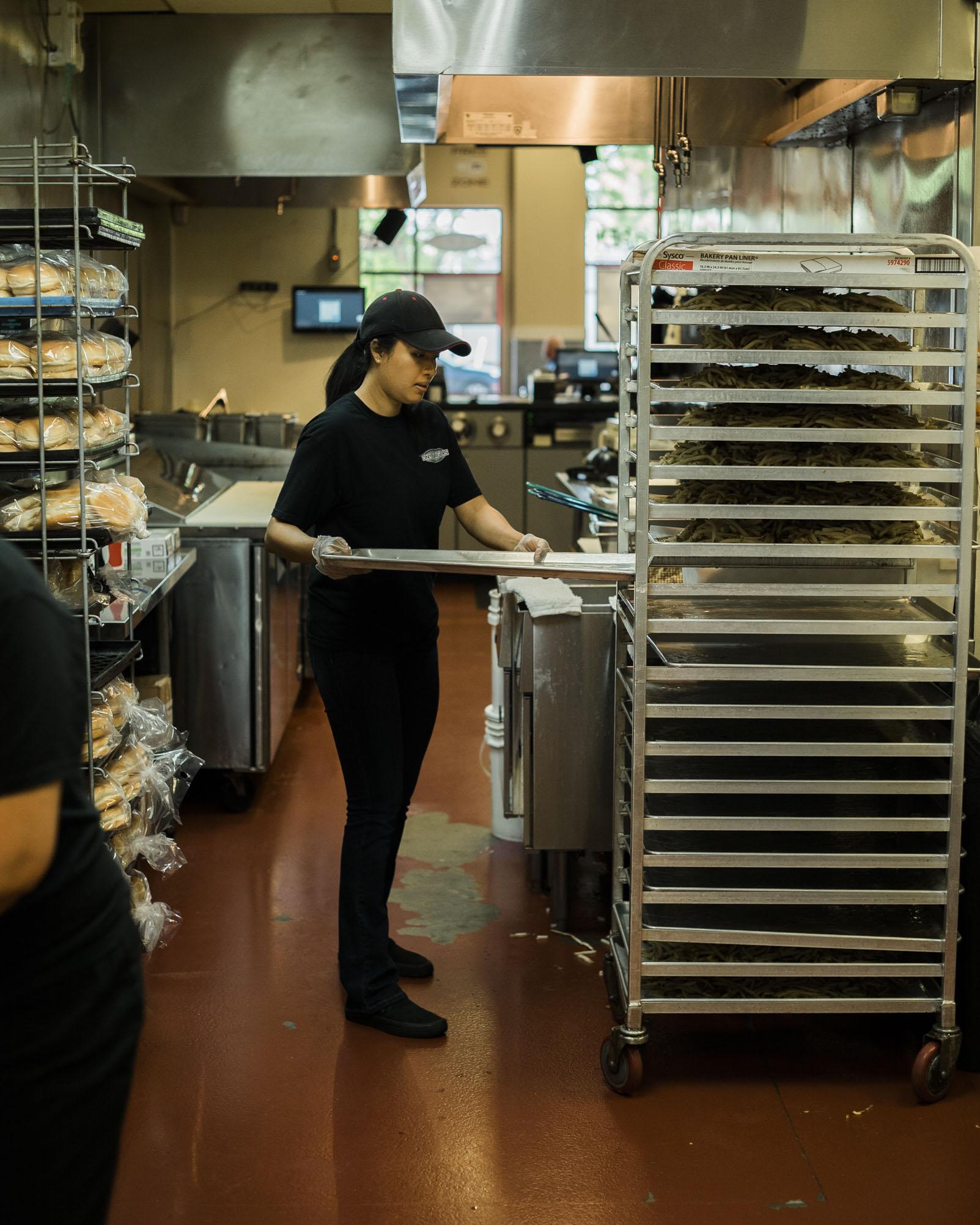 tonyburgers-big-american-story-00583.jpg
