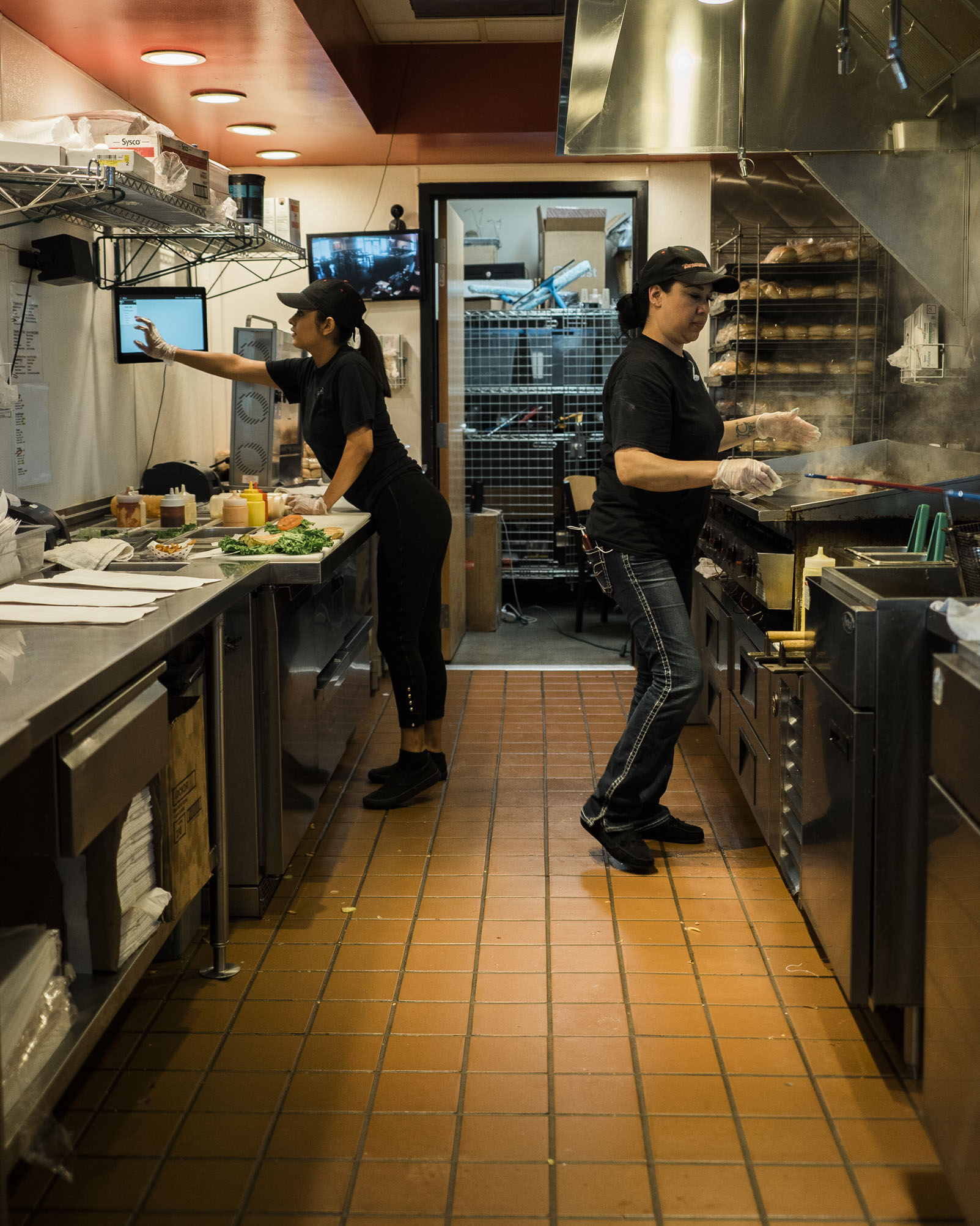 tonyburgers-big-american-story-00949.jpg