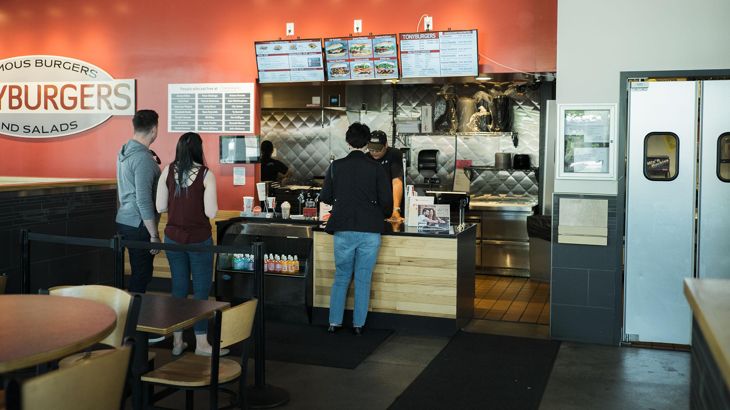 tonyburgers-big-american-story-00942.jpg