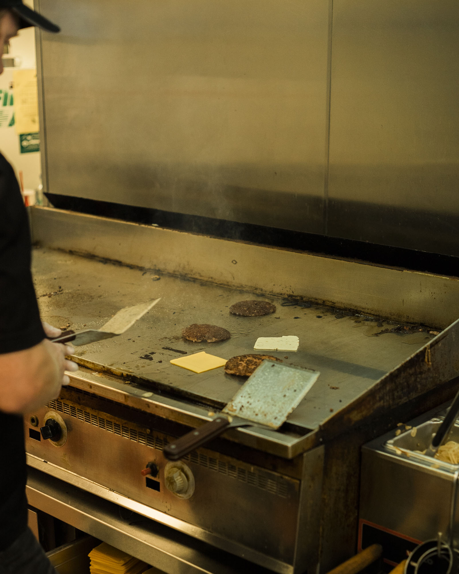 tonyburgers-big-american-story-01305.jpg
