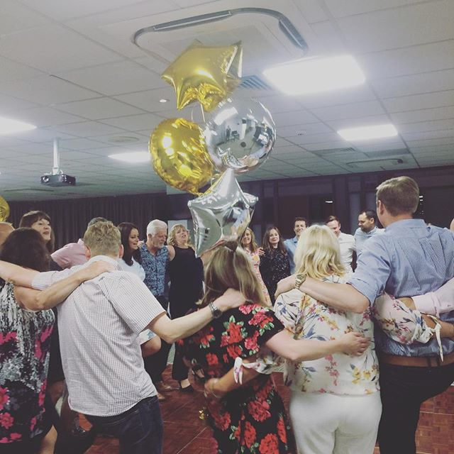 We had a great time celebrating Rowena and Steve's retirement at Bramall Lane. I'm off to Corfu for a few days before another weekend of weddings 👍🎸