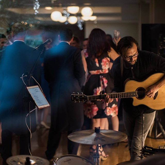 Had a really fun weekend, playing for Craig and Grace's wonderful wedding in Maxstoke, Rob's 50th birthday celebrations and then David and Sam's magical marriage at Melton Mowbray. Thanks to everyone from @warble_ents to everyone who danced the night away with us 👍😊 #live #livemusic #wedding #weddings #weddingband #band #music #bridebook #events #acoustic #singer #guitar #gig #gigs #covered