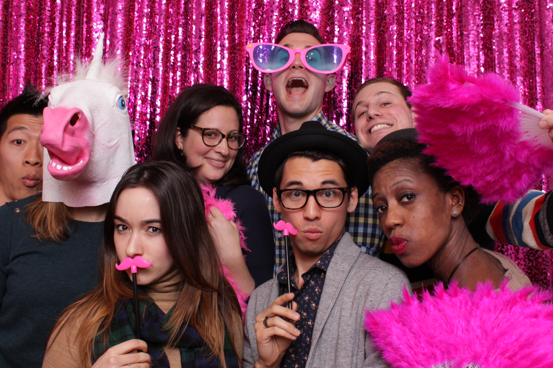 PREVIEW PARTY | HOT PINK PHOTO BOOTH