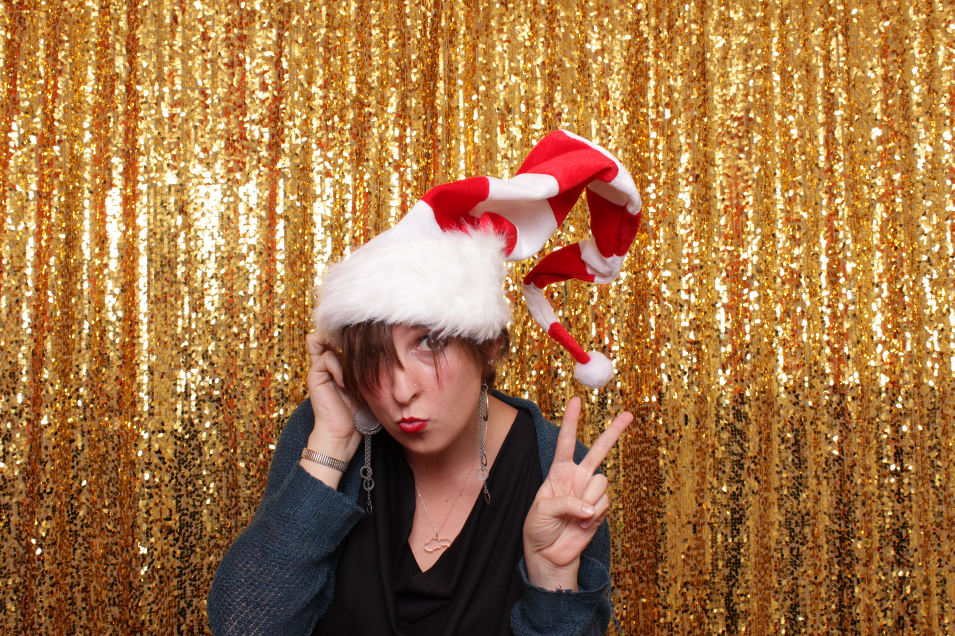 HOLIDAY PARTY | HOT PINK PHOTO BOOTH