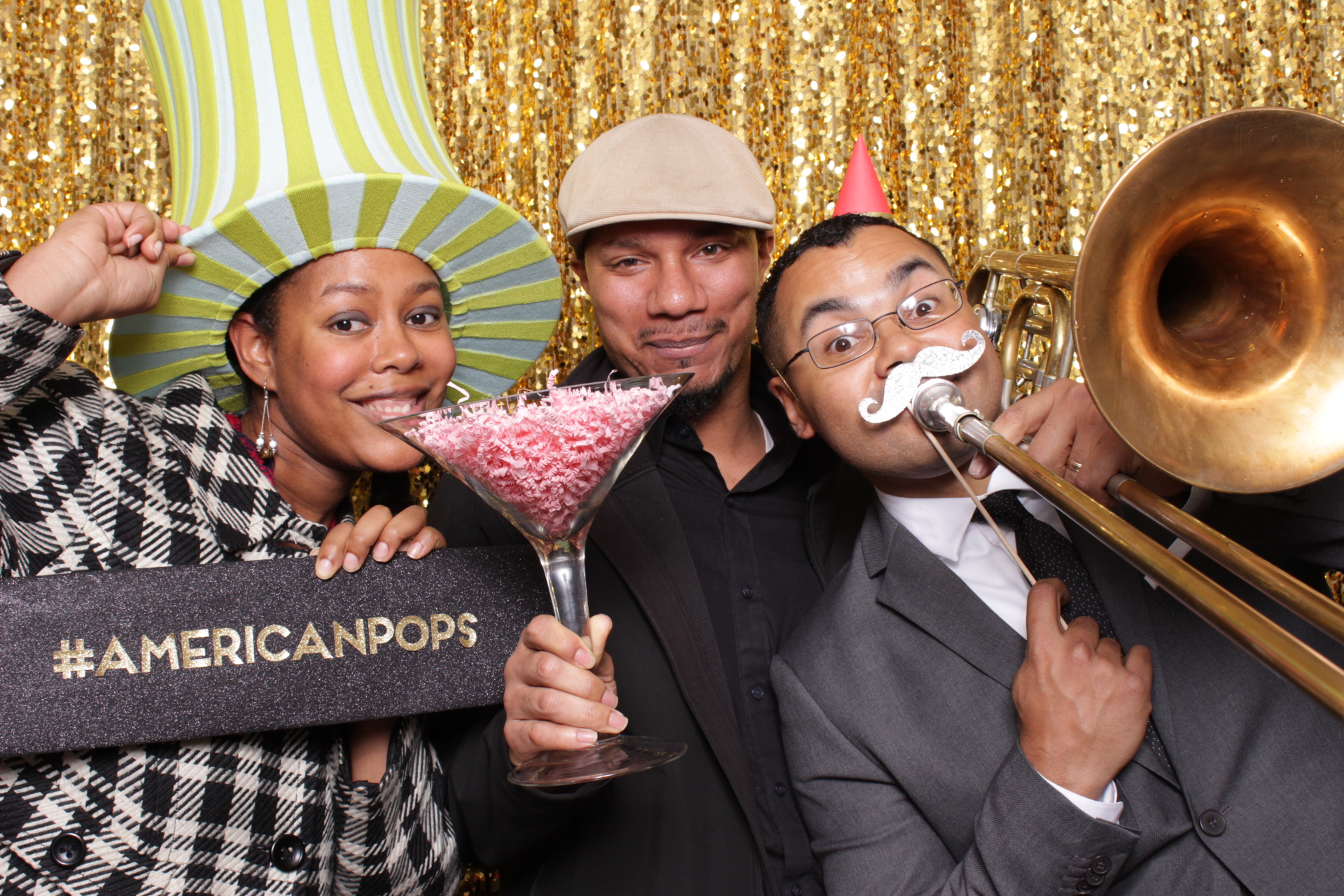 THE AMERICAN POPS ORCHESTRA | HOT PINK PHOTO BOOTH