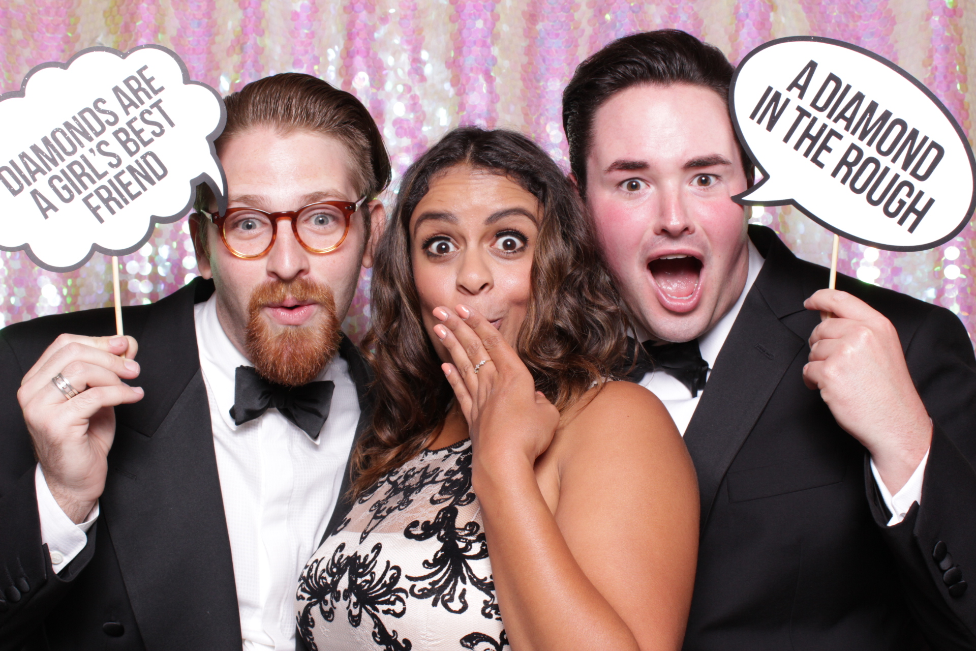 THE OPERA BALL | HOT PINK PHOTO BOOTH