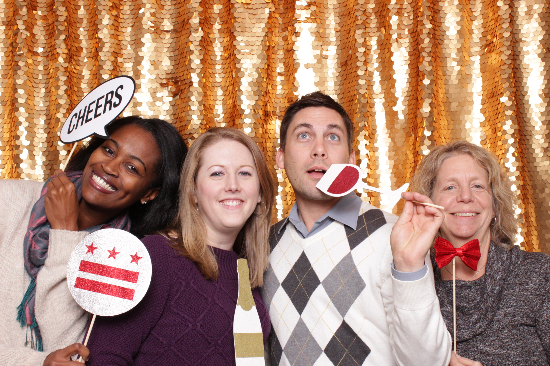 DISTRICT EXPERIENCE & MEETING MANAGEMENT SERVICES | HOT PINK PHOTO BOOTH
