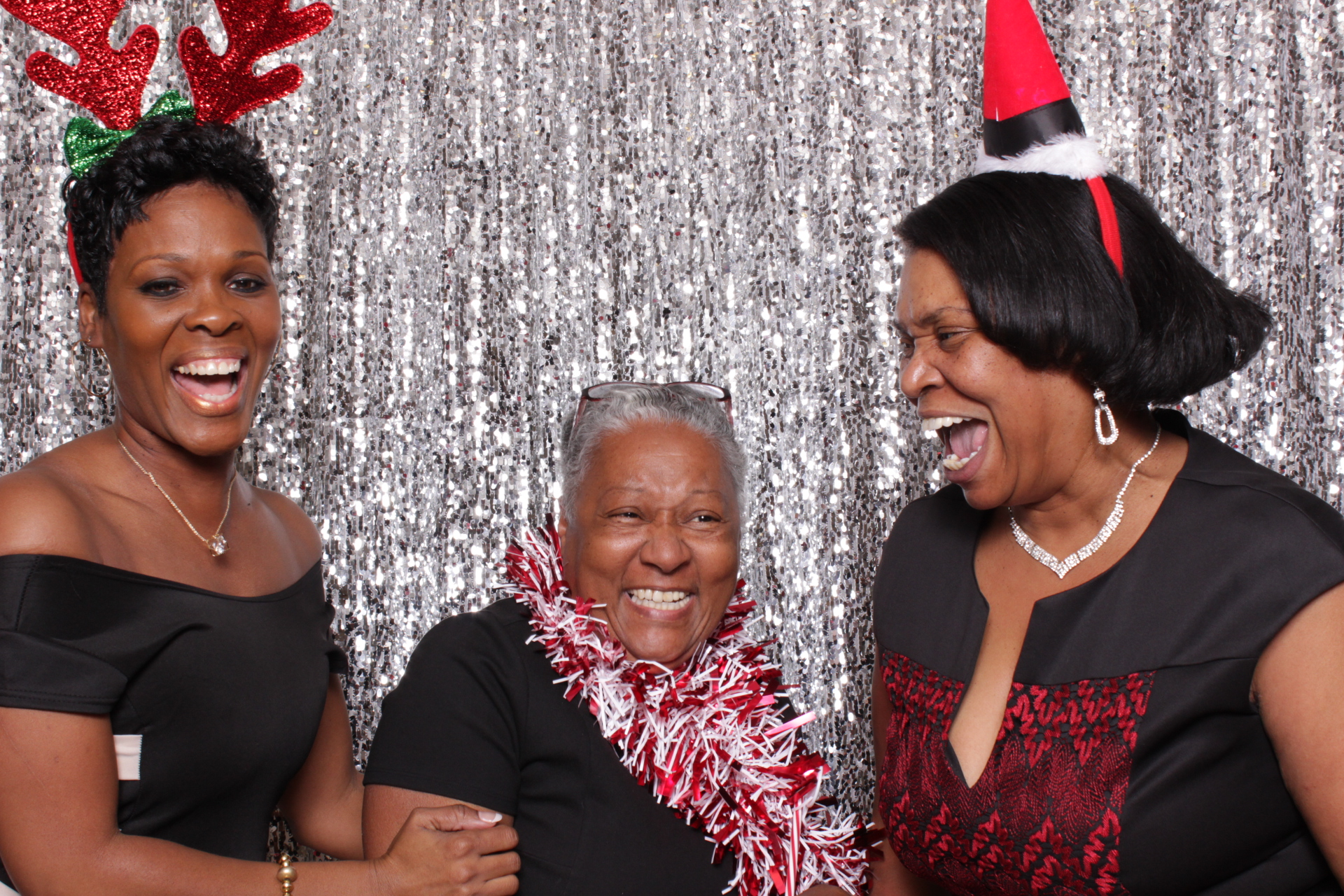 DC HOUSING FINANCE AGENCY | HOT PINK PHOTO BOOTH