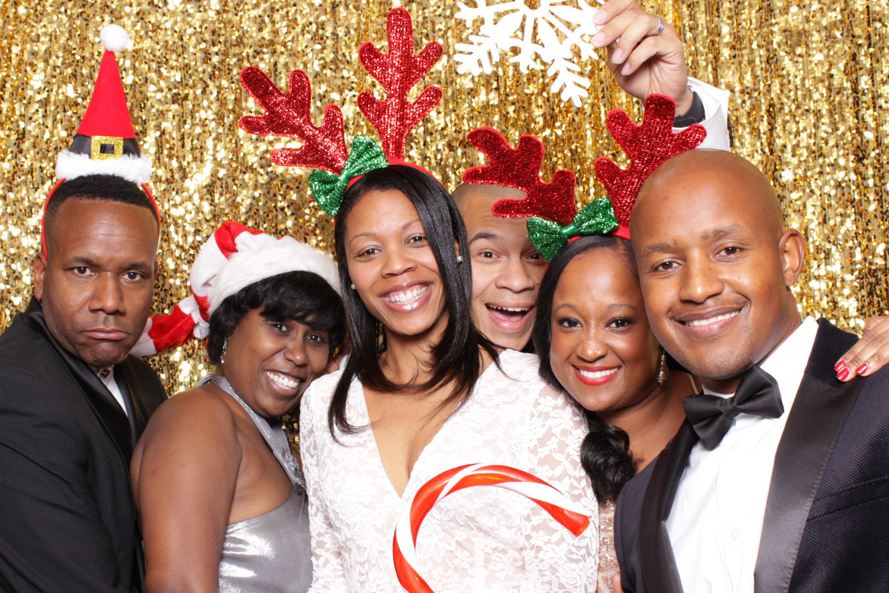 PRESIDENTIAL AIRLIFT GROUP | HOT PINK PHOTO BOOTH