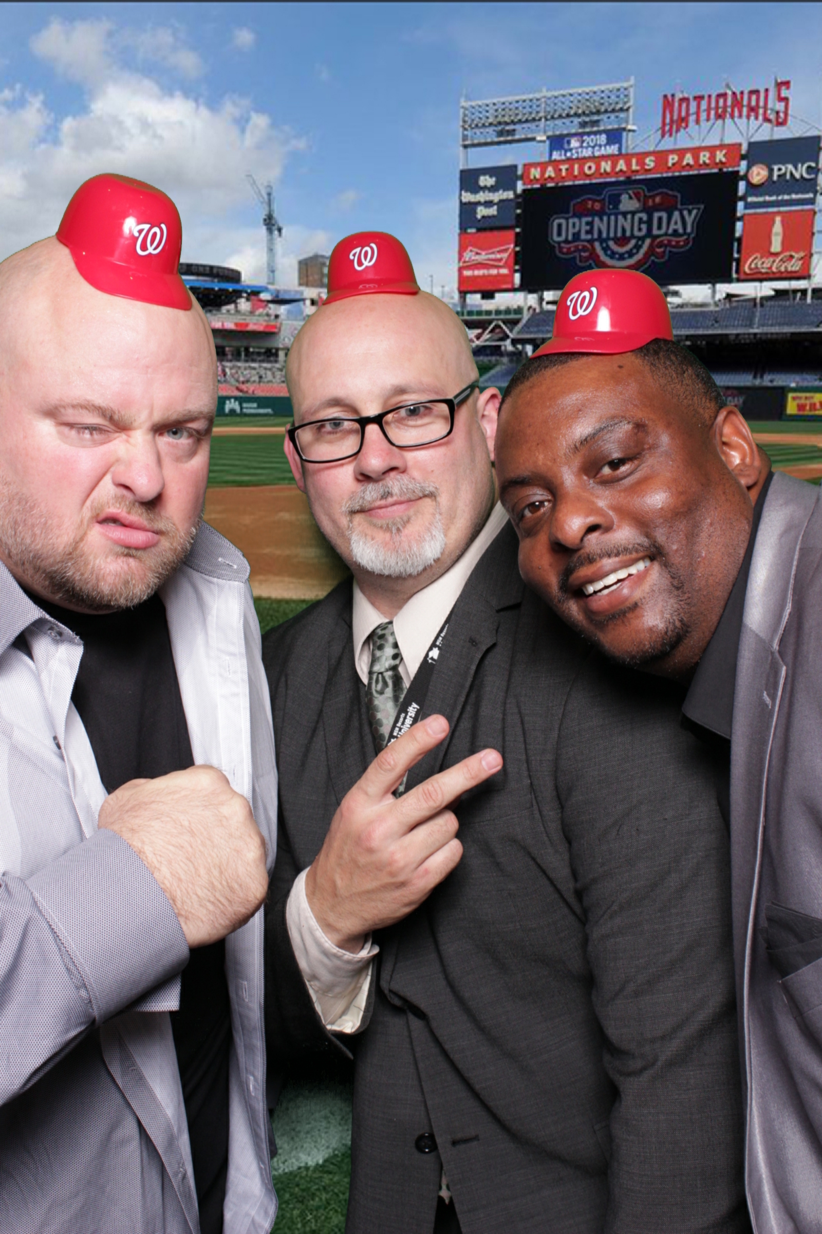 MGM NATIONAL HARBOR BASES LOADED | HOT PINK PHOTO BOOTH