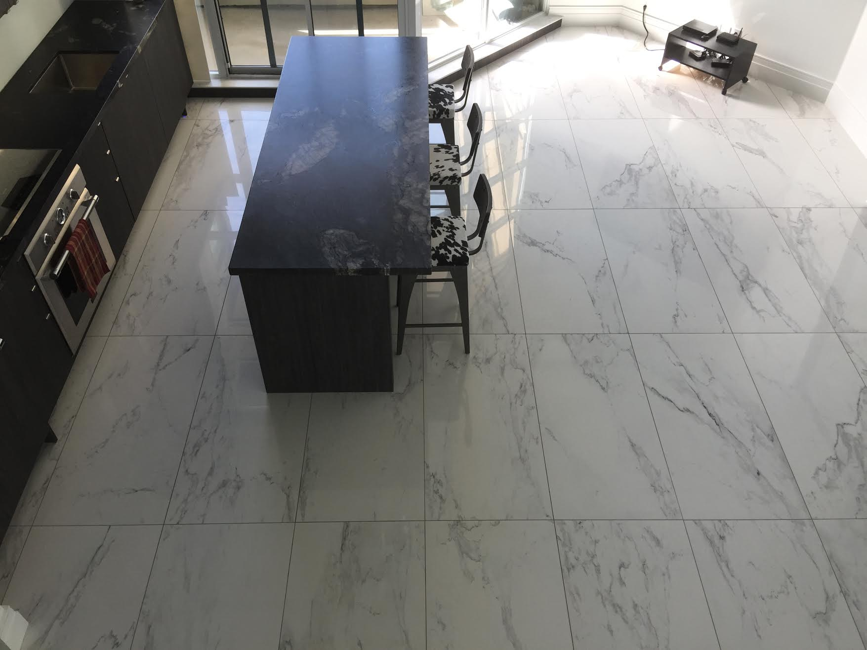 Large Tile Installation Experts   GET A QUOTE