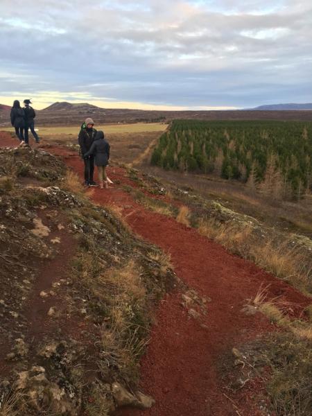 Hiking around the top of Keriðvolcanic crater