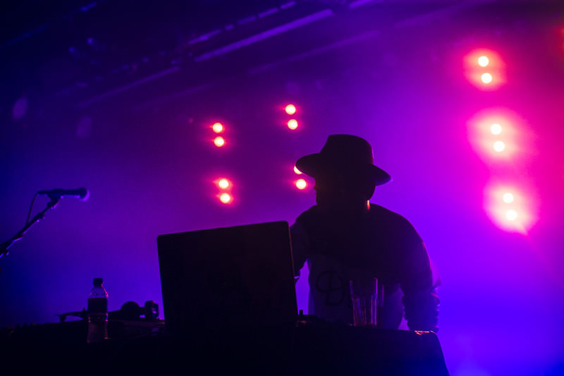 HUDSON-MOHAWK-AND-MR-CARMACK-AT-OXFORD-ART-FACTORY-PHOTO-BY-VOENA-74.jpg