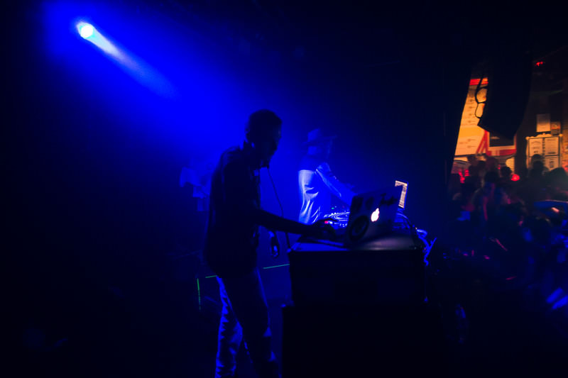 HUDSON-MOHAWK-AND-MR-CARMACK-AT-OXFORD-ART-FACTORY-PHOTO-BY-VOENA-112.jpg