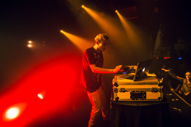 HUDSON-MOHAWK-AND-MR-CARMACK-AT-OXFORD-ART-FACTORY-PHOTO-BY-VOENA-152.jpg