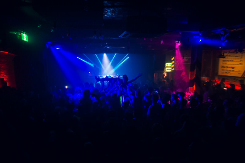 HUDSON-MOHAWK-AND-MR-CARMACK-AT-OXFORD-ART-FACTORY-PHOTO-BY-VOENA-174.jpg