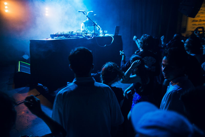 HUDSON-MOHAWK-AND-MR-CARMACK-AT-OXFORD-ART-FACTORY-PHOTO-BY-VOENA-5.jpg