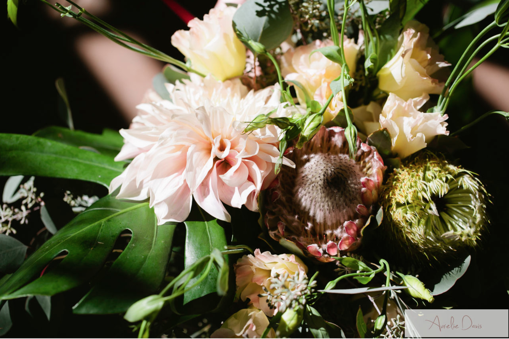 Holiday-celebrate-wedding-florals-los-angeles.png