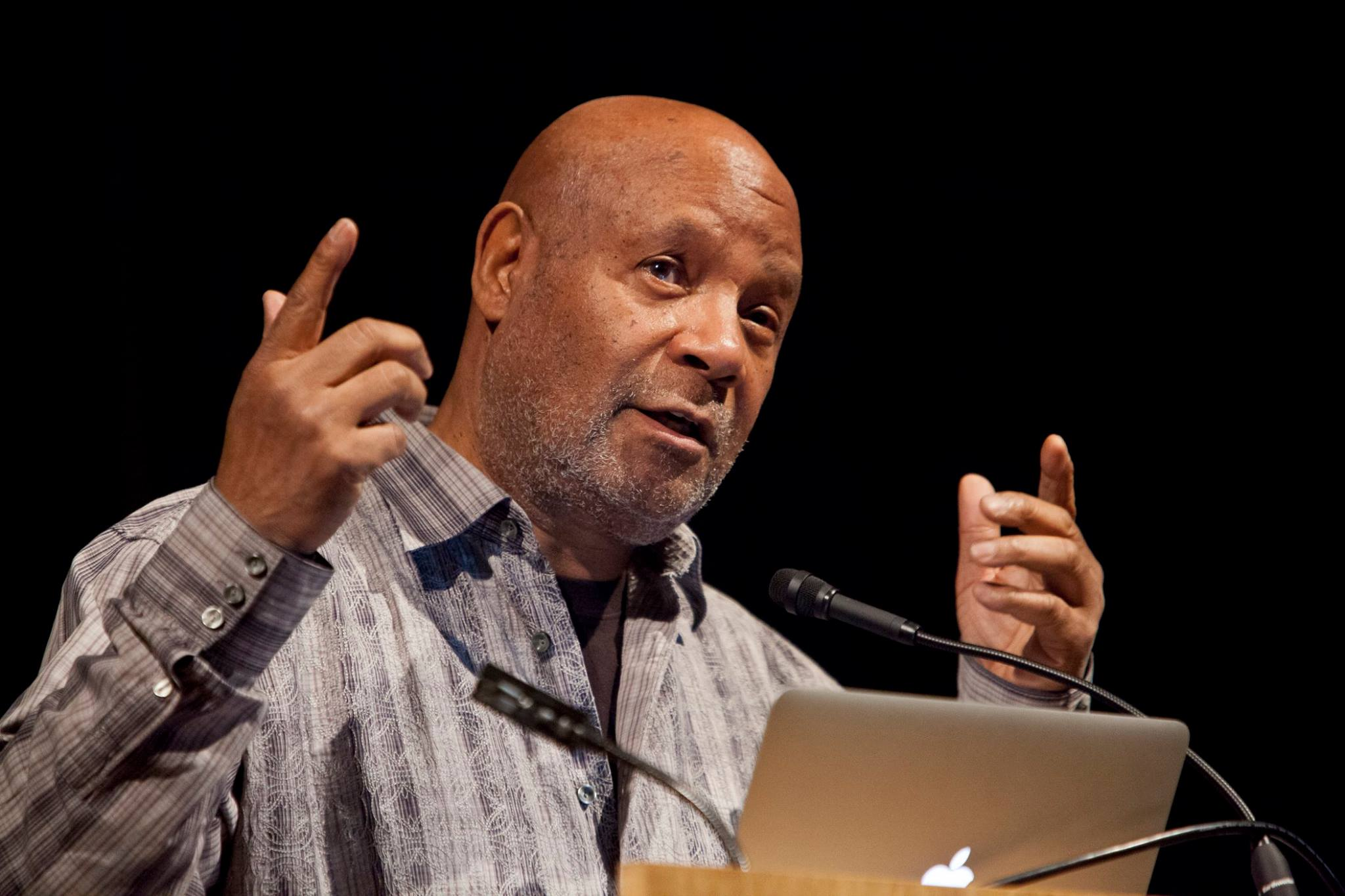 Emory shared his work with the Black Panthers and insights from his long career to a packed auditorium. Photocredit: David O'Connor