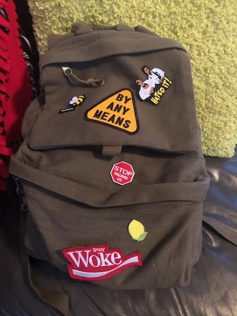This is the bookbag the I tote around downtown chicago 5 days a week and I've had this bad for at least 3 months. It's holding up very well. And yes, those are lemonade pins.