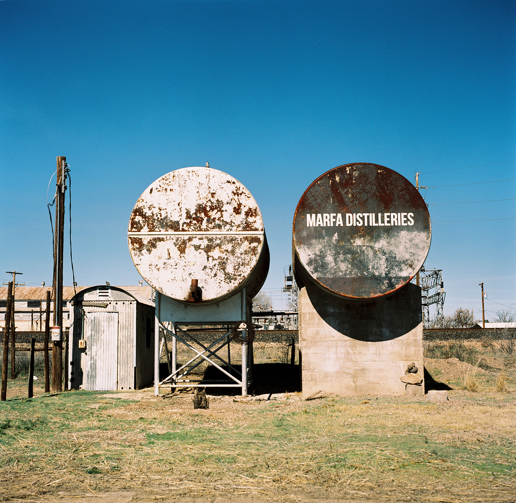 marfa_texas_film_travel_photography_01.jpg