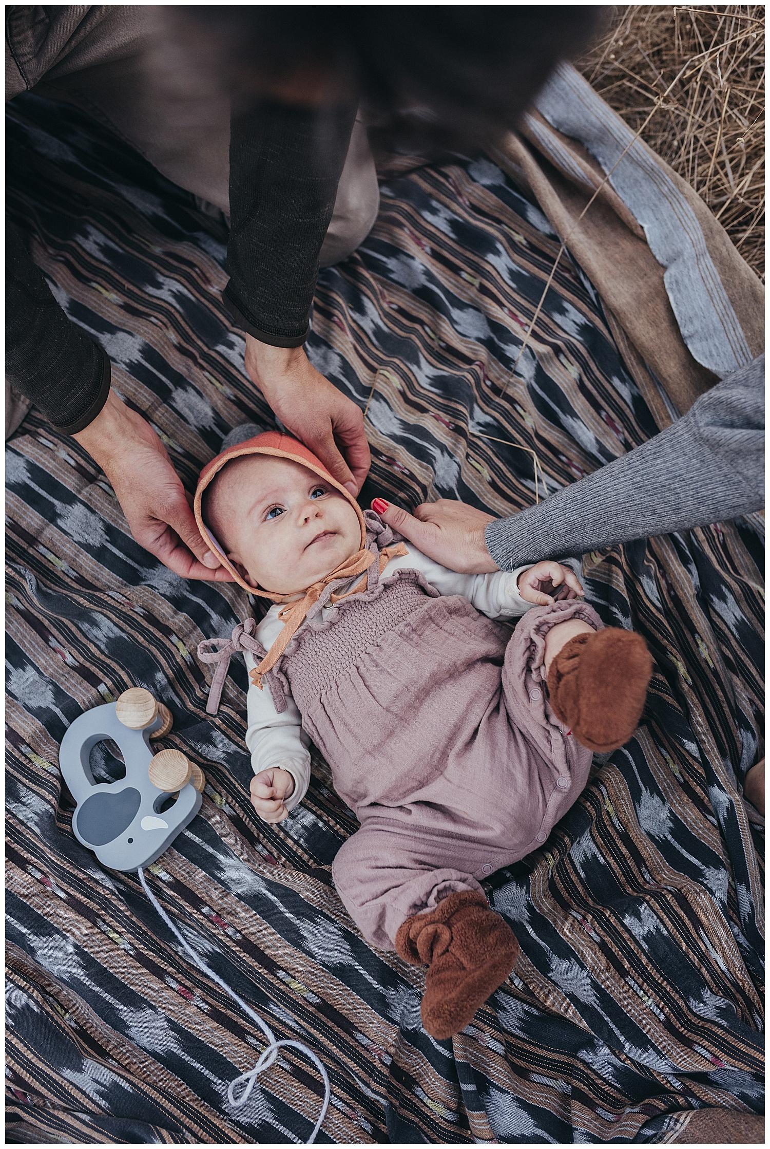 lifestyle newborn photo shoot