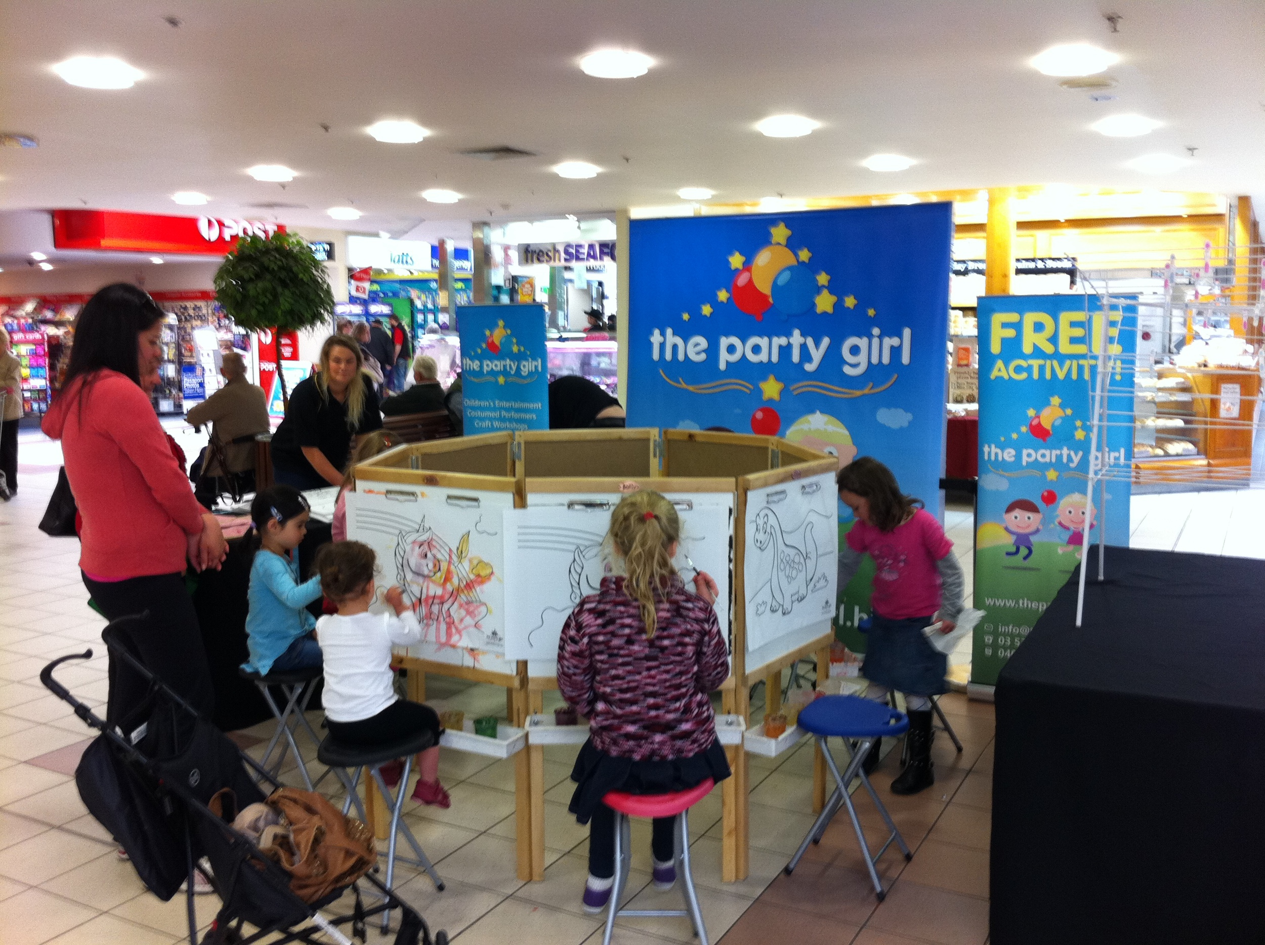 kids-workshop-events-geelong-poster-painting-the-party-girl.JPG