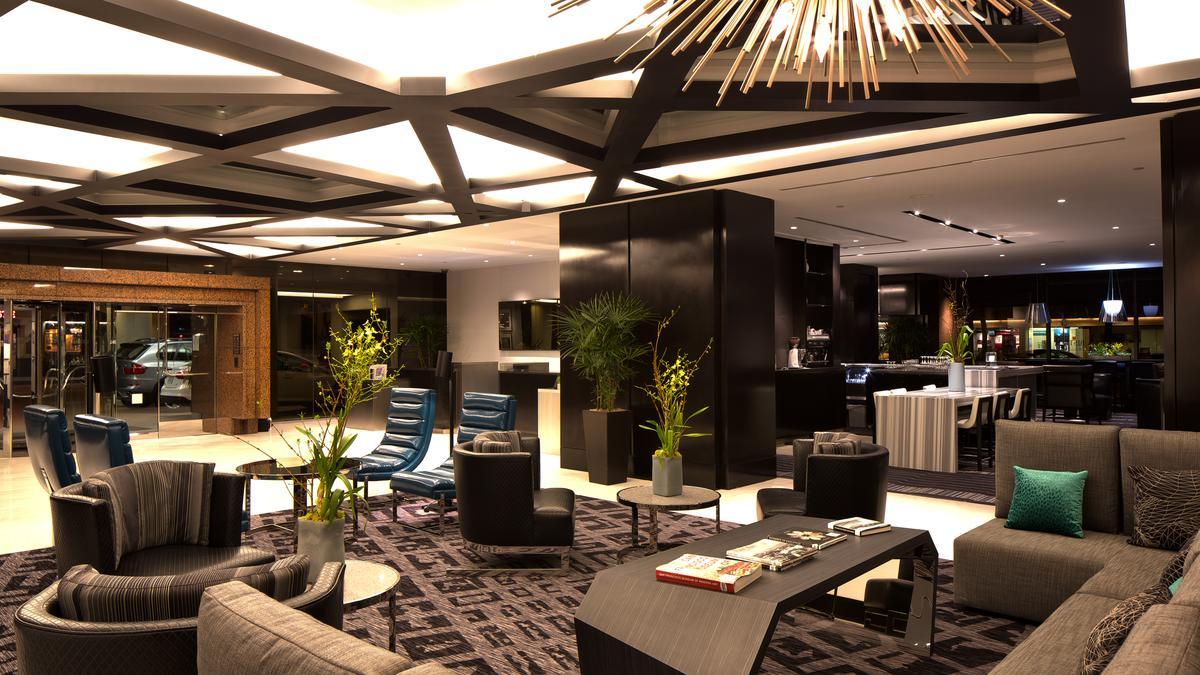 lobby-seating-right-side*1200xx5759-3239-0-300.jpg