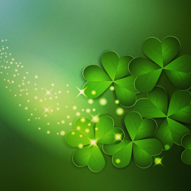 Its all about catching some Irish sparkle today and making a wish  #stpatricksday #sparkle #goodluck #makeawish #green