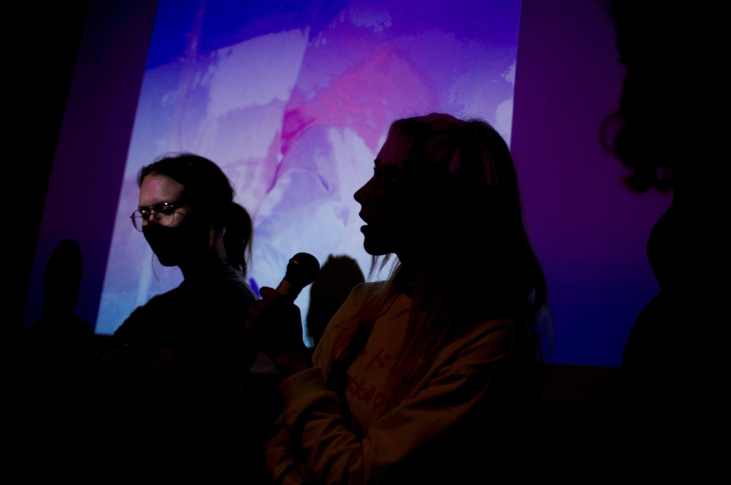 Rebekka fra Seaweed Girls (høyre)ga tips til hvordan man på kreativt og nytenkende vis kan vise hvem du er og nå ut til nye grupper gjennom sosiale medier.