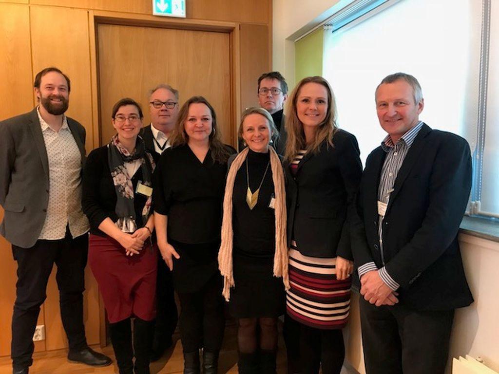 Balansekunst i møte med kulturminister Linda Hofset Helleland.