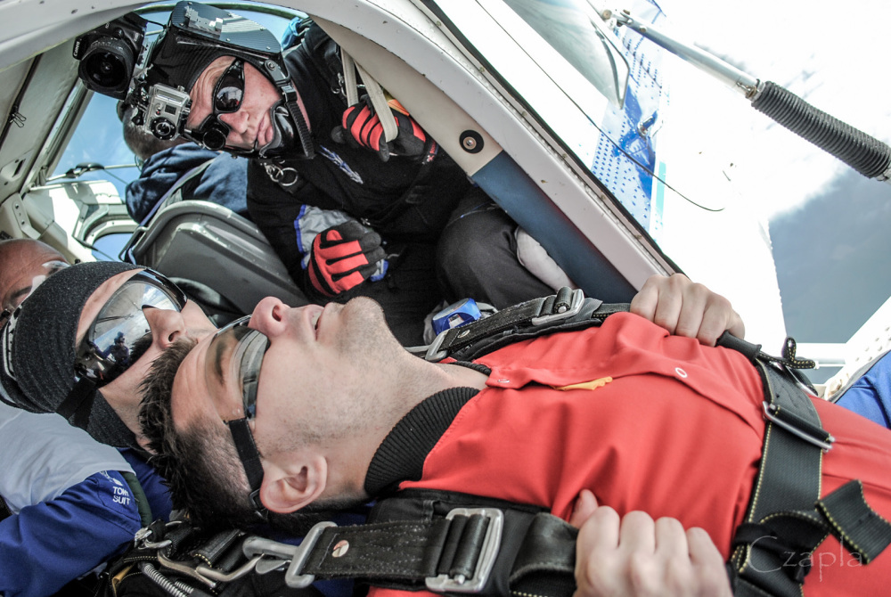 Hearing Safety for Skydivers: It's a *Thing*