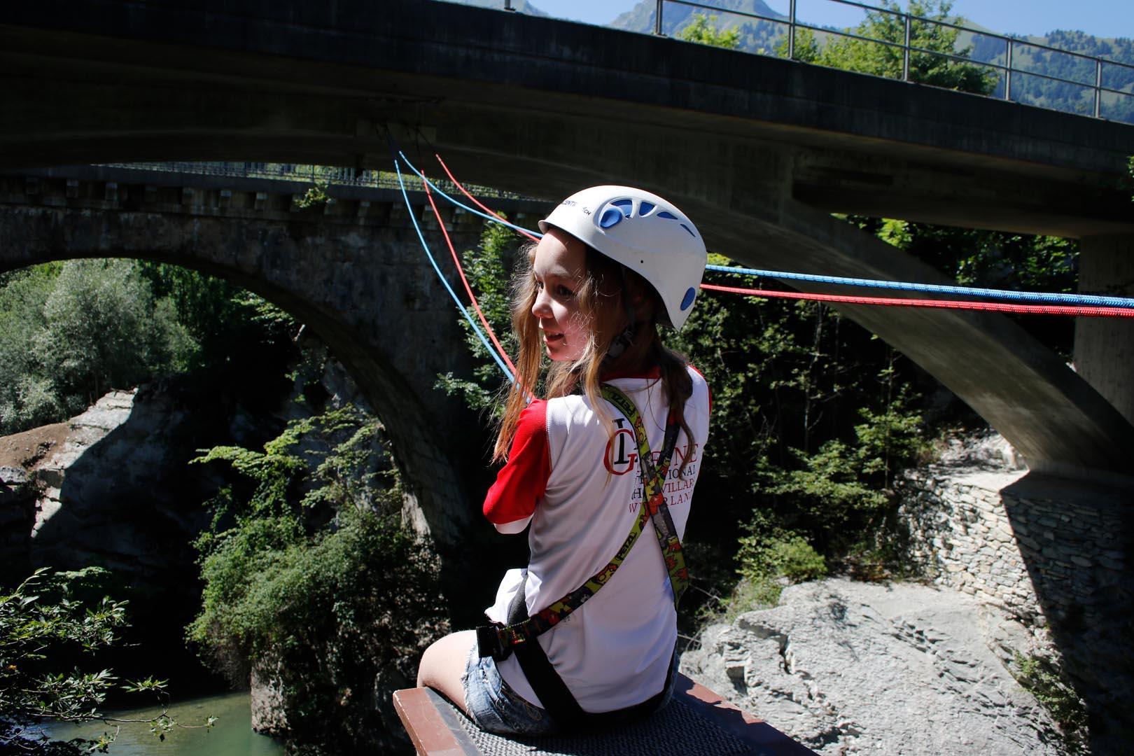 Bridge Jumping -