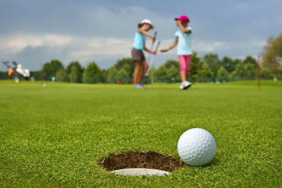 kids-playing-golf-blog.jpg