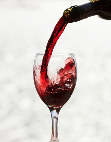 pouring-red-wine.jpg