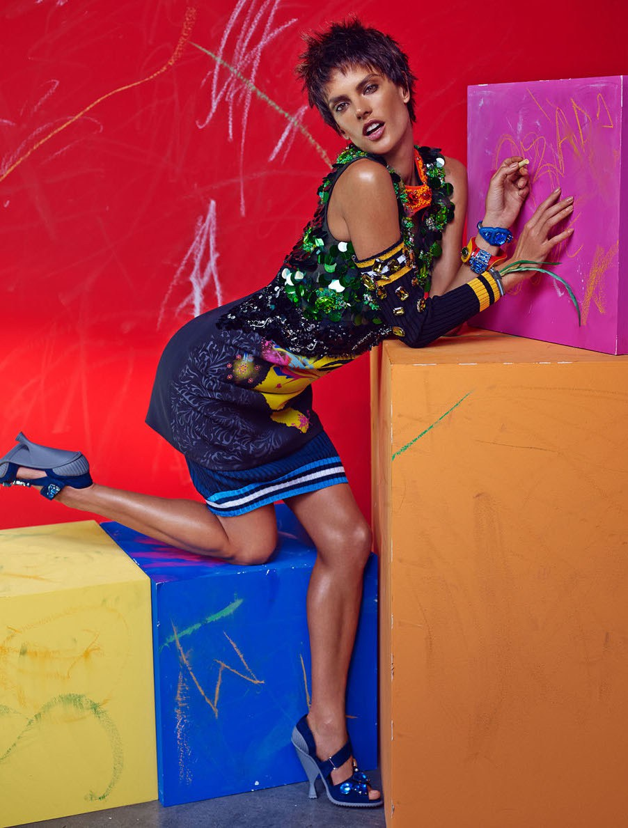 alessandra-ambrosio-by-mariano-vivanco-for-vogue-brazil-march-2014-6.jpg
