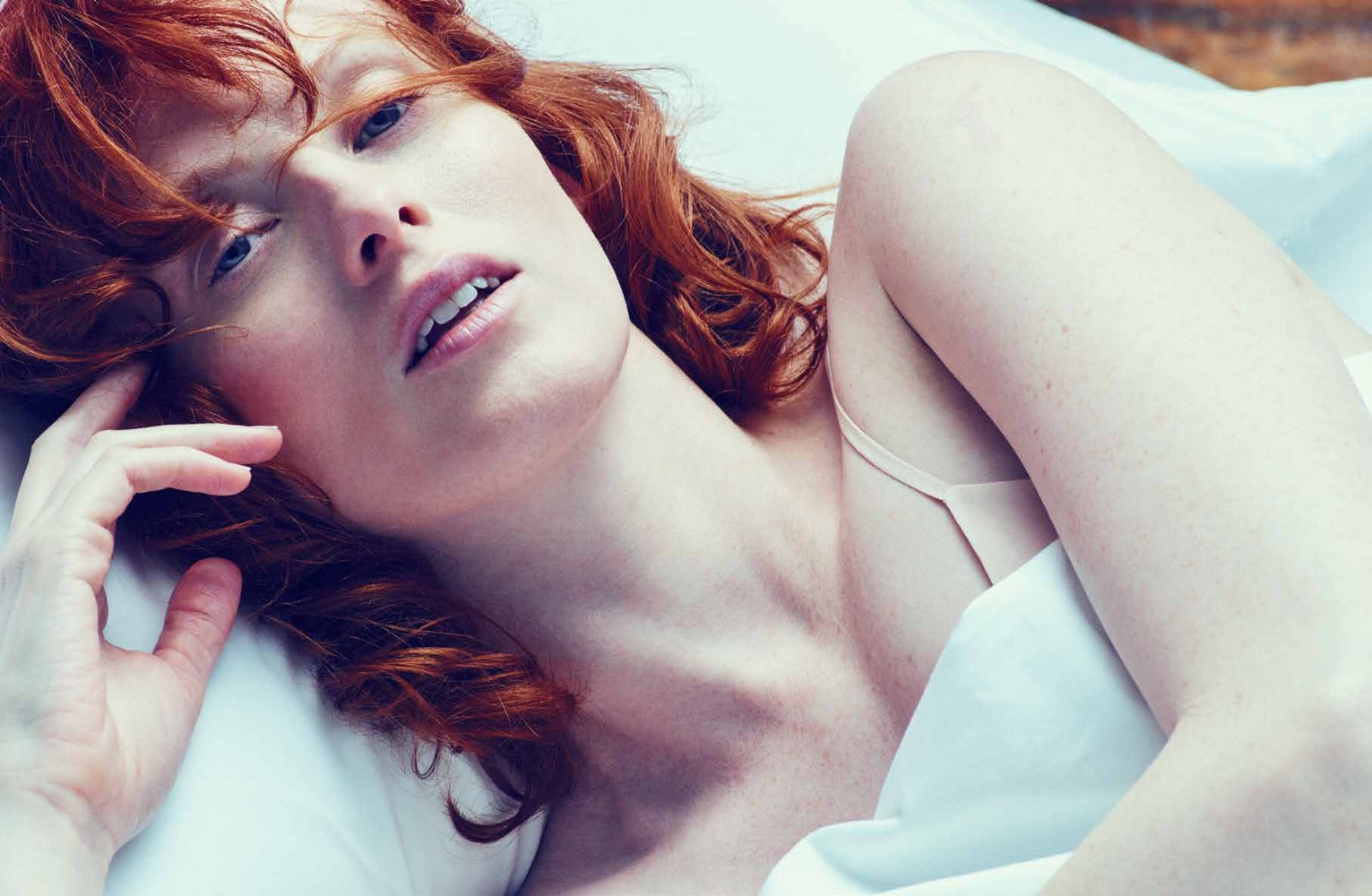 Beauty_main Karen Elson_Jo Malone 10pp_lowres_pdf-3.jpg