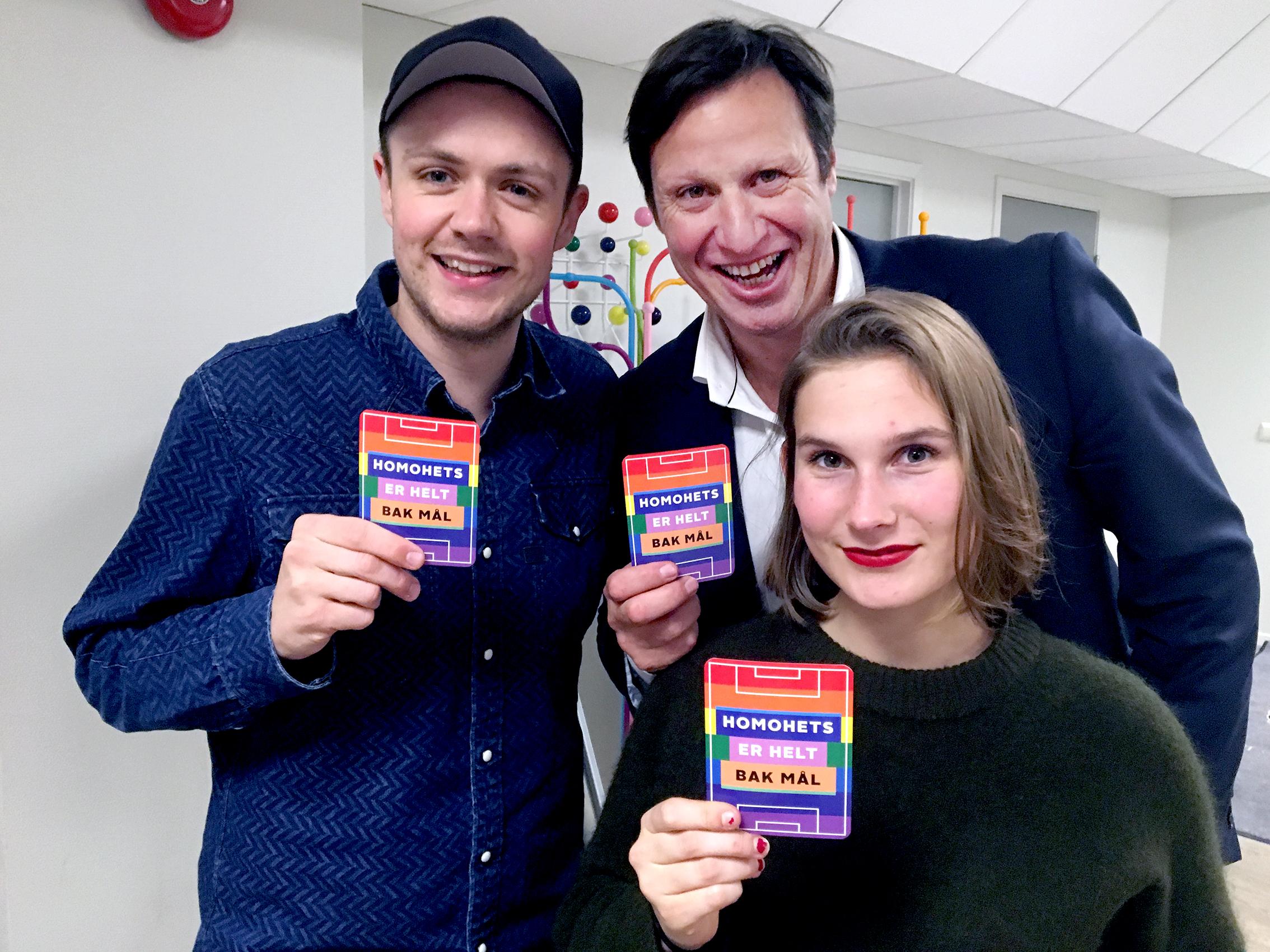 Fra venstre: Skuespiller Andreas Koschinski Kvisgaard, idrettspresident Tom Tvedt og produsent Maud M Jonassen.