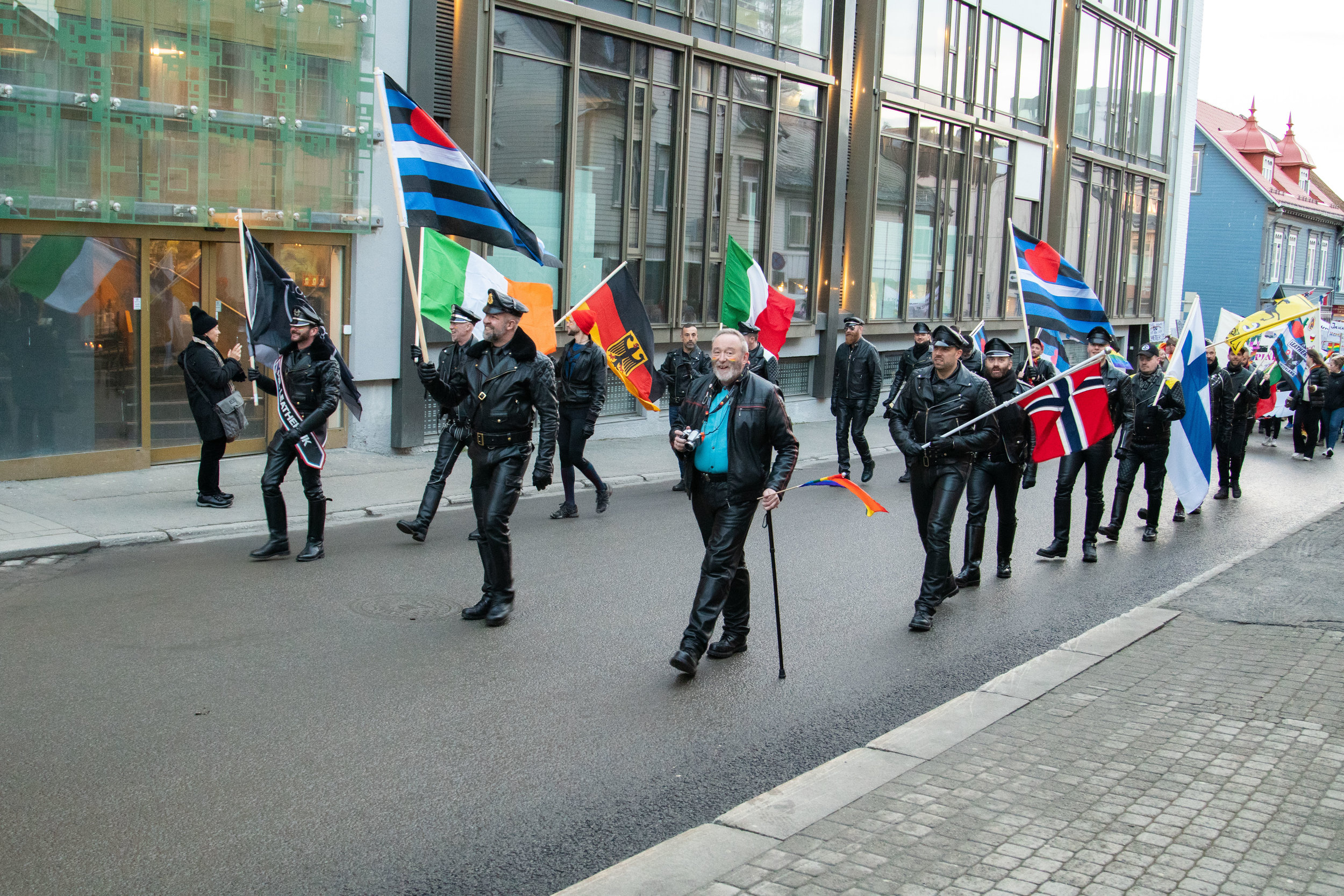 Parade00080.jpg