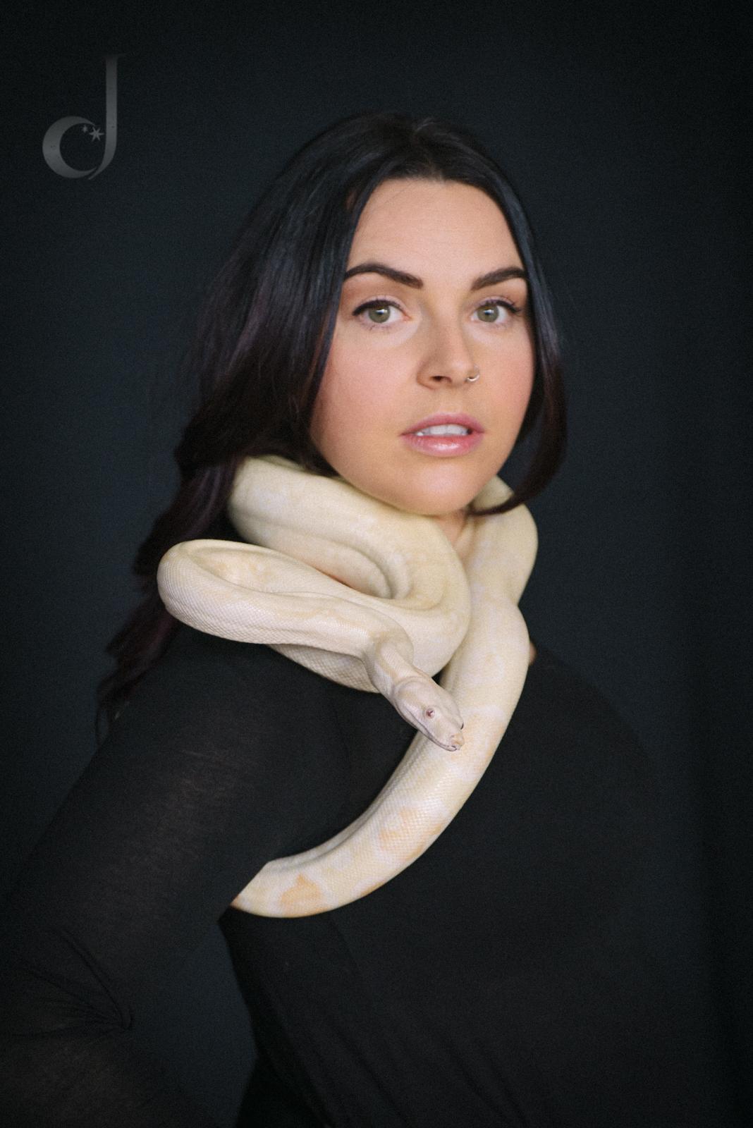 snakes.jendeanphoto.0403-Edit.jpg