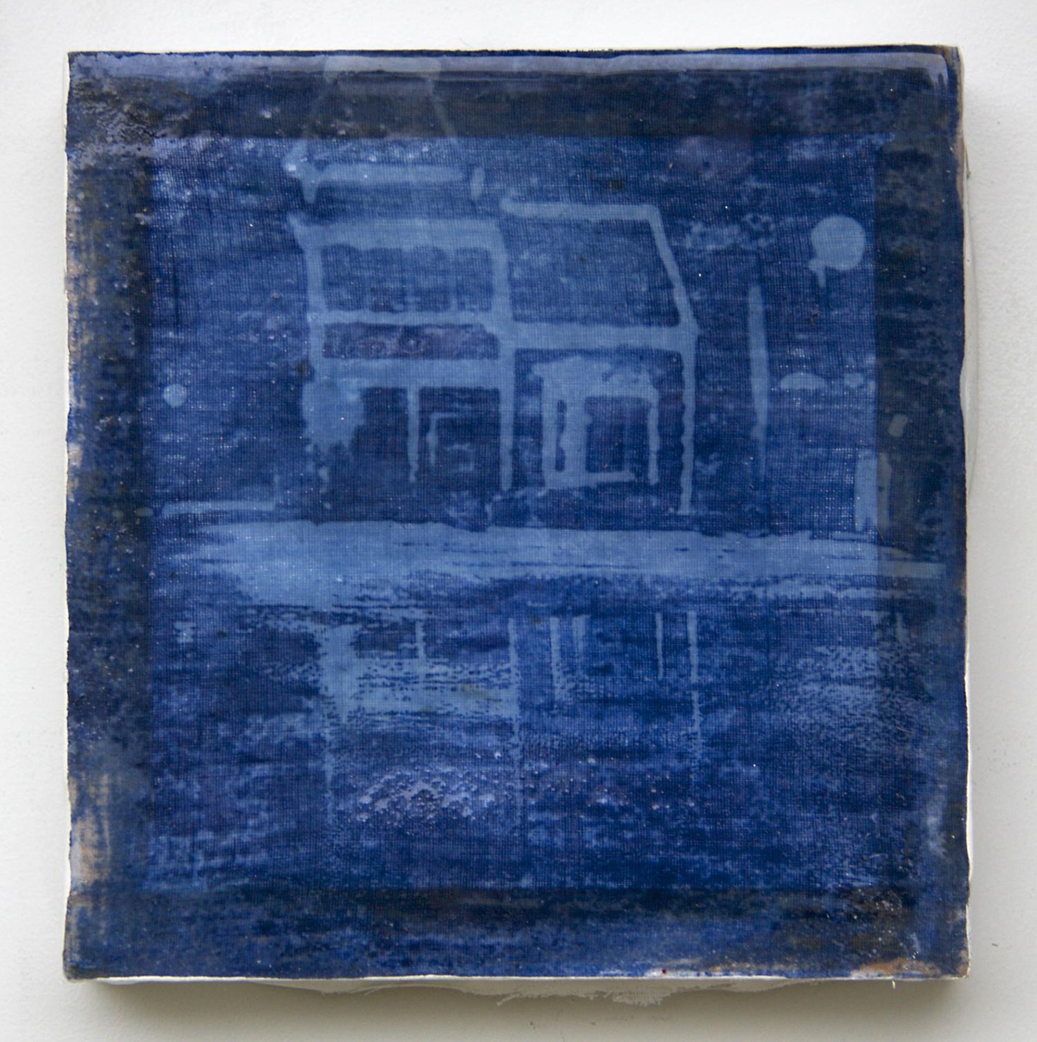 Blue_House_Vermont.jpg