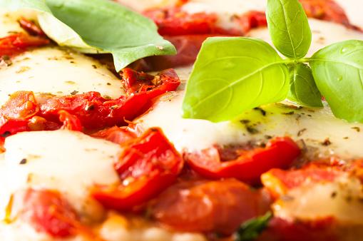 margarita pizza.jpg