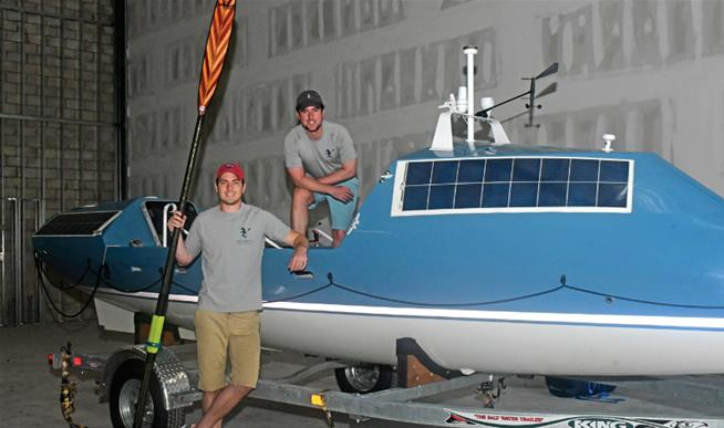 Newser   BROTHERS ROWING ACROSS THE ATLANTIC WEARING ONLY A  SMILE .