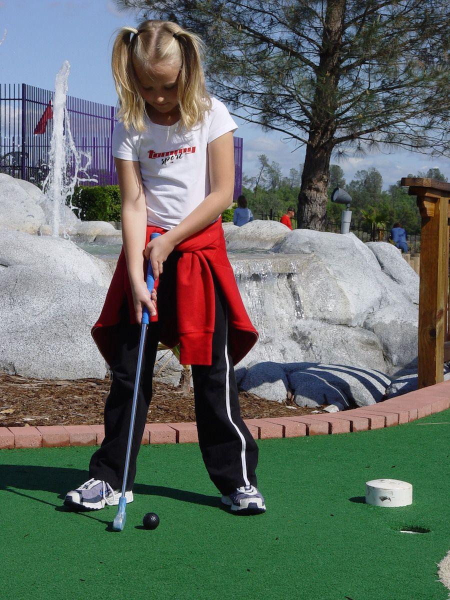 oasis-fun-center-gallery-miniature-golf-course-6.jpg